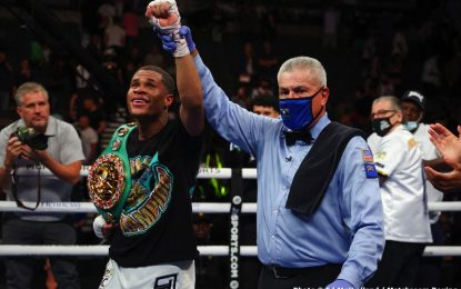 Devin Haney beats Jorge Linares to defend WBC title