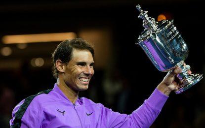 Toni backs Rafael Nadal to deny 'dangerously close' Novak Djokovic